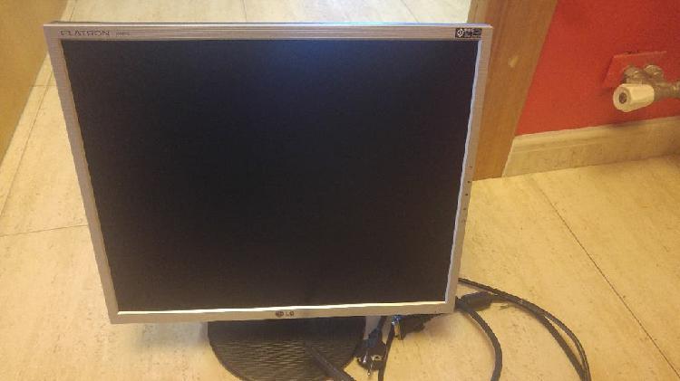 """Tft 19"""" pc + ventilador base portátil + teclado"""