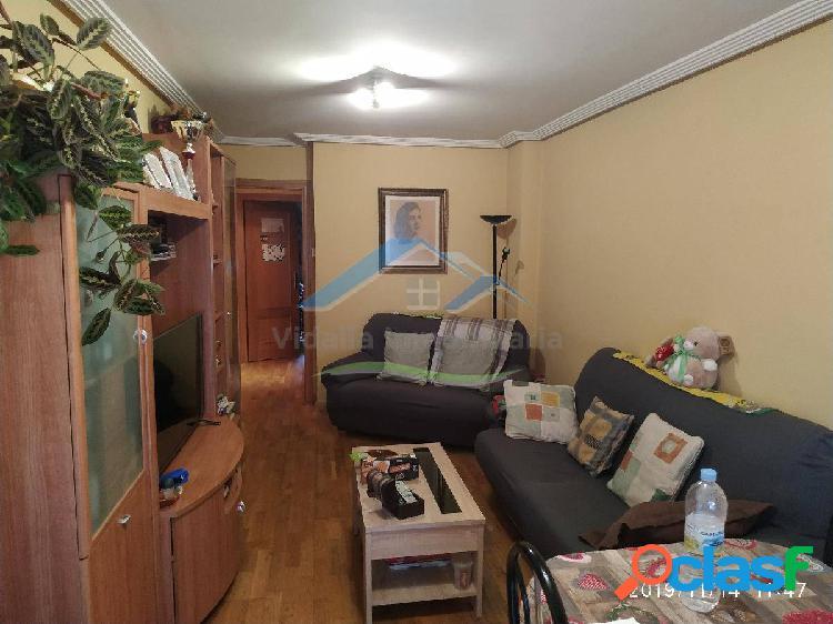 Piso de tres habitaciones con plaza de garaje