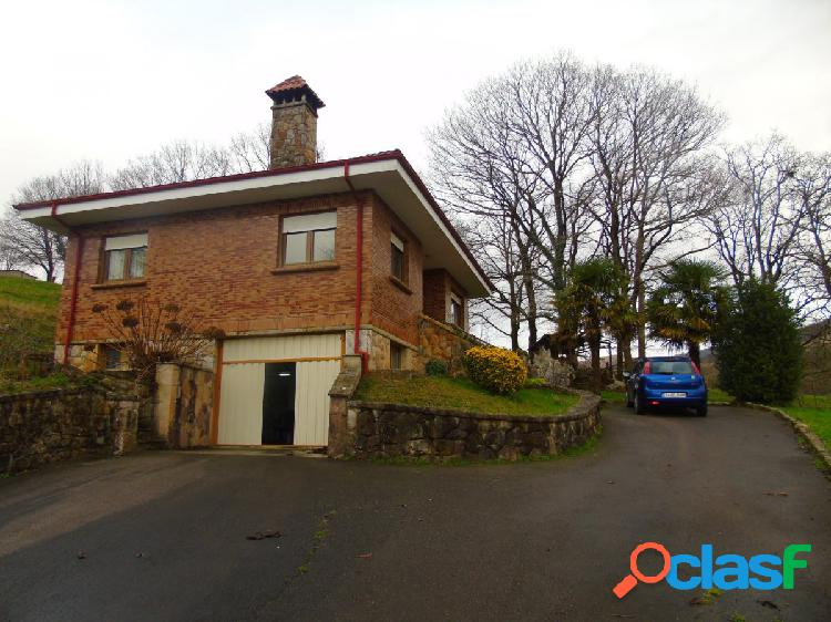 Chalet independiente con amplia parcela