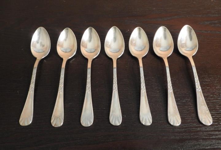 7 antiguas cucharas de alpaca plateada 12 g