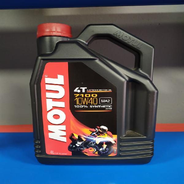 Aceite motul 10w-40 para motos de motor 4 tiempos