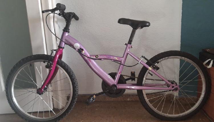 Bicicleta para niños completamente nueva