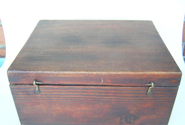 Caja finales siglo xix.