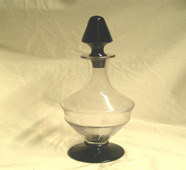 Licorera cristal transparente y negro años 30, buen estado,