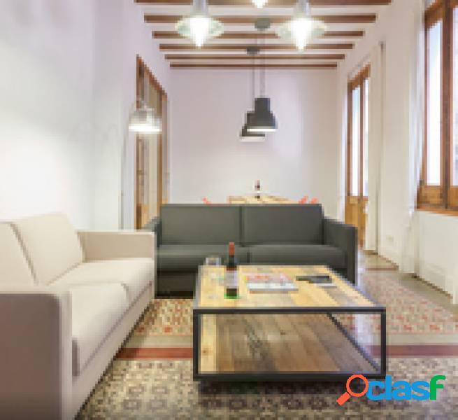 Fabuloso piso reformado en el corazón del born. con mucho encanto y elegancia.