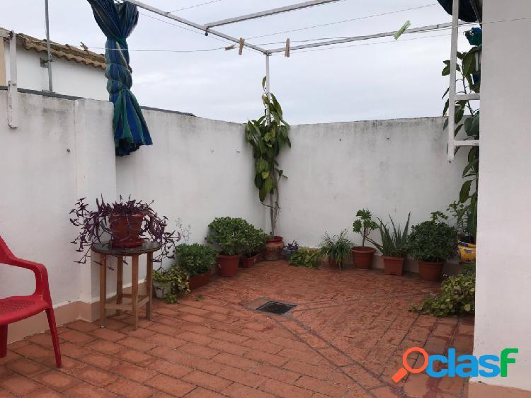 CASA DE DOS PLANTAS EN ZONA SECTOR SUR ALTA 2