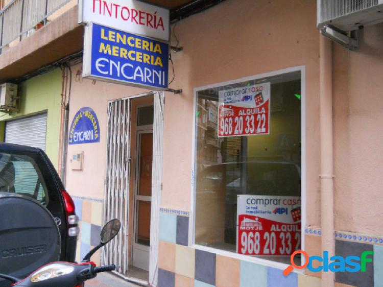 Local comercial junto a ronda norte