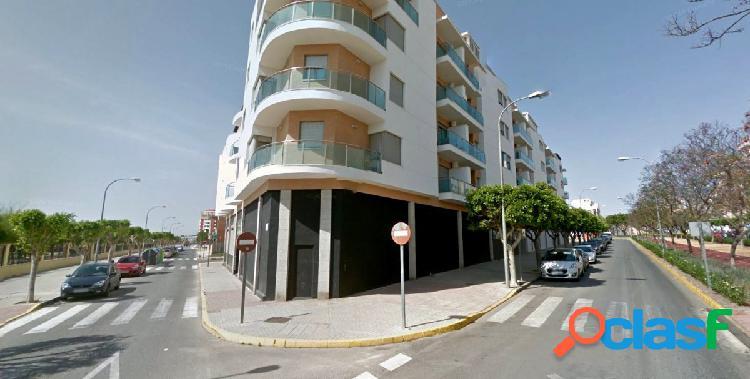 Local 898 m2 con licencia de discoteca (antigua milano) + otro local 250 m2 diafano