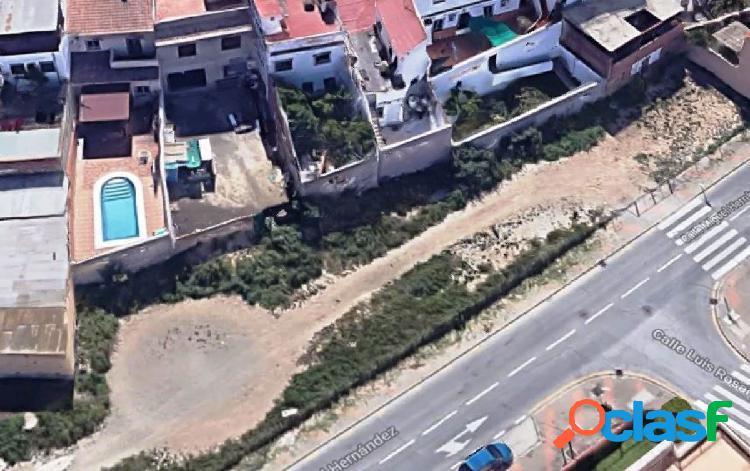 Suelo urbano en la zona de carlinda, 1545 m2 edificables para construcción de 20 viviendas.