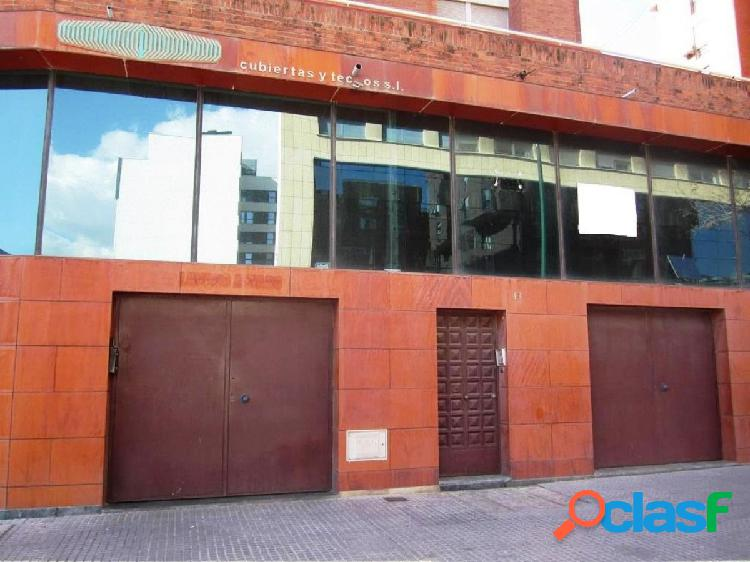 Oportunidad de banco - local comercial 100 m2 en calle mendivil - málaga capital