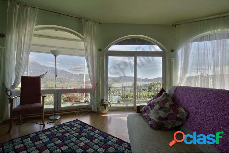 Villa con anexo para alquiler en Viñuela. 3