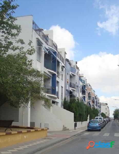 Piso en urbanización villasol de maracena