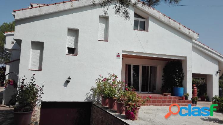 Chalet de 4 habitaciones en venta zona nuevo baztán