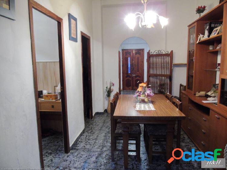 Estupendo bajo vivienda en Zona Concordia. / HH Asesores, Inmobiliaria en Burjassot/ 3