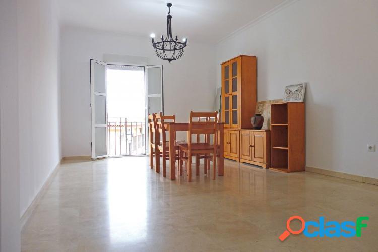 Precioso piso con gran terraza