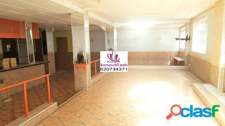 Inmovilcash vende amplio local en zona san blas, 35 metros de fachada, dispone de 320m2. 198.000€