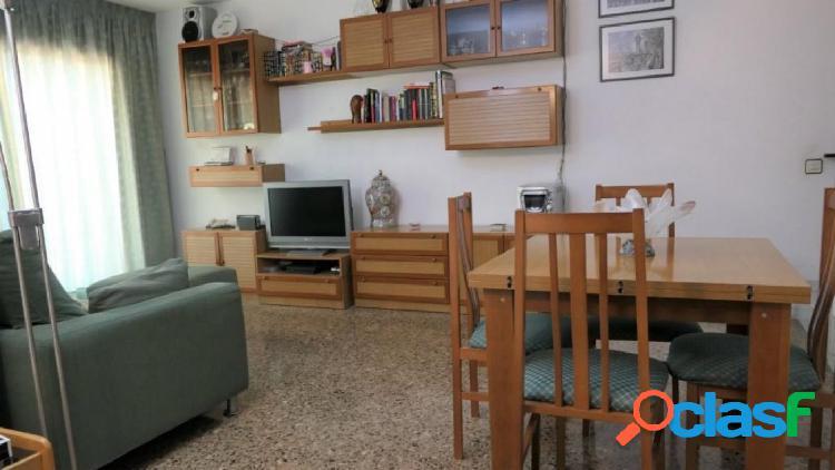 Casa (unifamiliar adosada): sant boi de llobregat (barcelona) centro