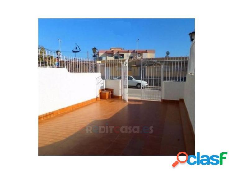 Dúplex cuatro dormitorios cerca de playas del puerto de mazarrón