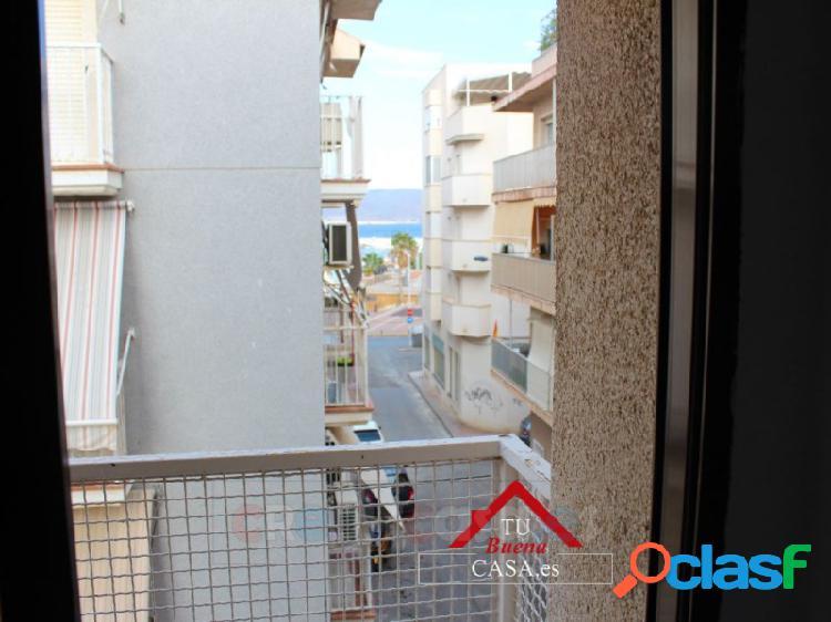 Piso vistas a playa de tres dormitorios puerto de mazarrón