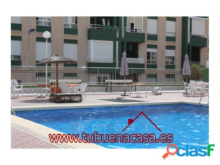 Estupendo piso con piscina y garaje en centro puerto de mazarrón