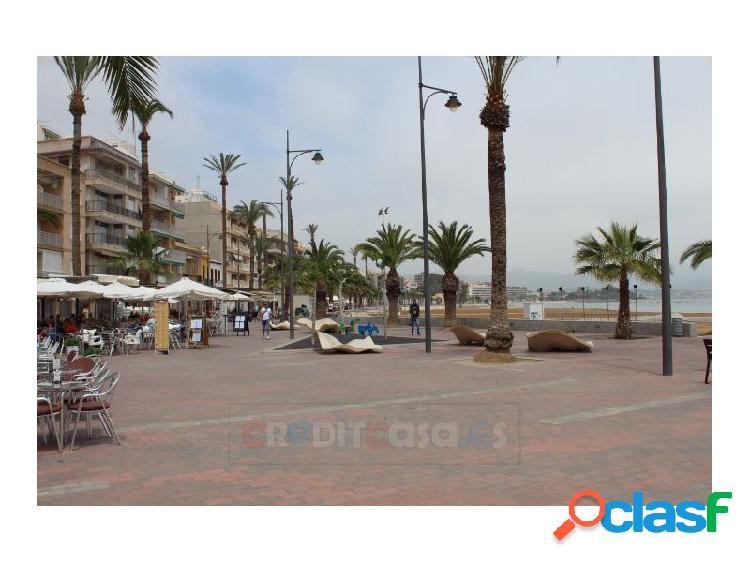 Amplio apartamento en el centro del puerto de mazarrón
