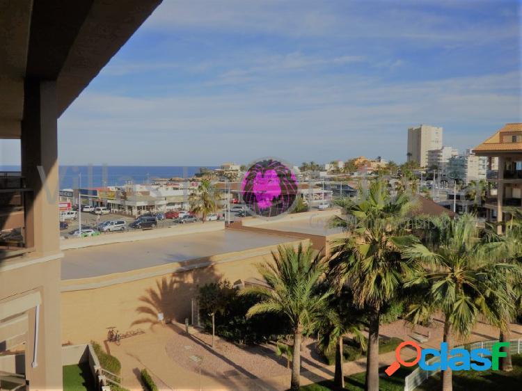 Se vende un ático cerca de la playa del arenal en javea
