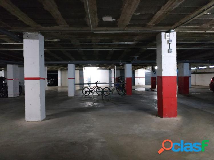 Espaciosa plaza de aparcamiento en venta, gran reserva,