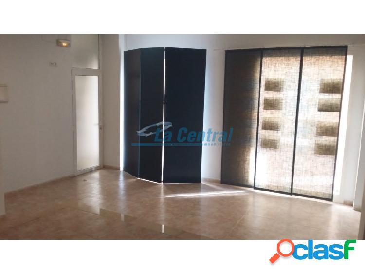 Alquilar local comercial en la sénia. la central inmobiliaria 09832