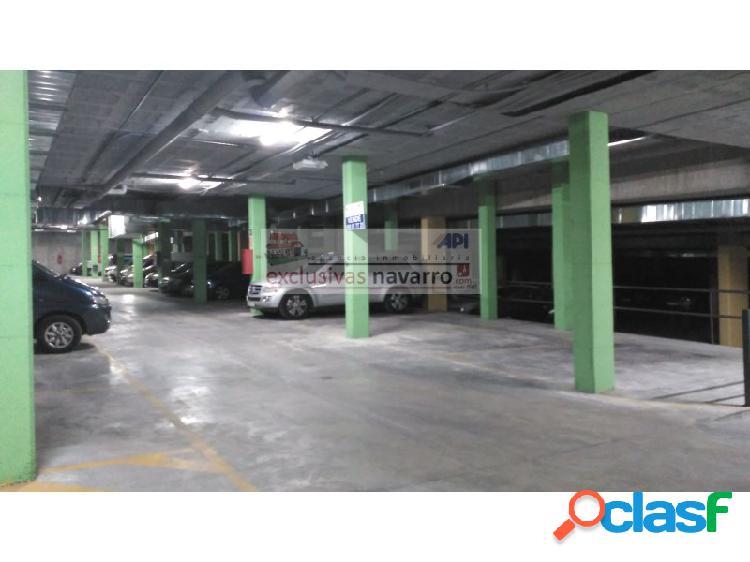 Plaza de aparcamiento en venta al final de la carretera de la sierra