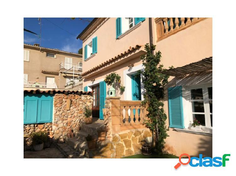 Casa ibizastyle con fantásticas vistas al mar y terrazas en génova
