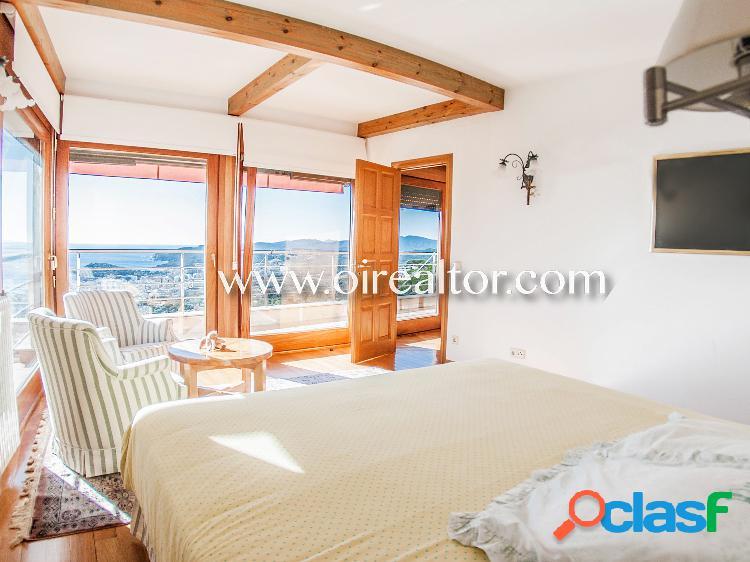 Espectacular villa de lujo con vistas panorámicas al mar en venta en Lloret de Mar, Costa Brava 1