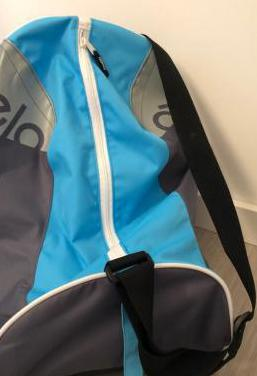 Bolsa para patines decathlon en azul, gris y negro