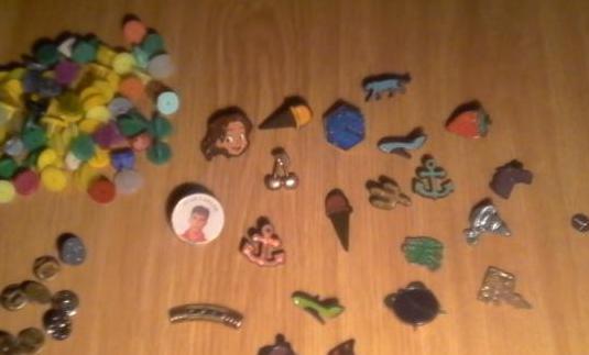 Colección de pins - 130 pins