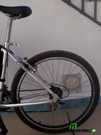 Mountain bike aluminio alususp 726sx globe trotter