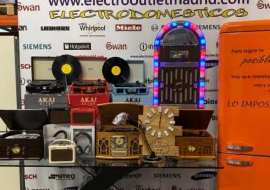 Todo retro, radios, tocadiscos, gramolas, juke...