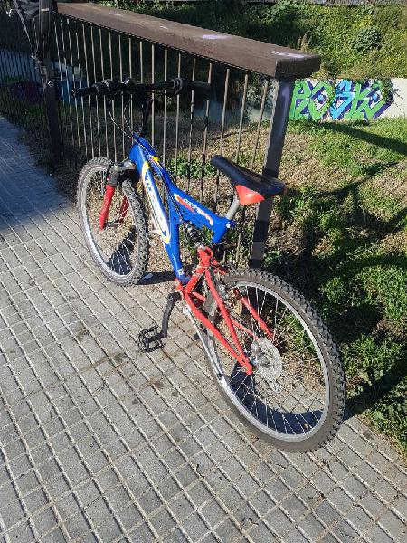 Bicicleta semi nueva talla 24