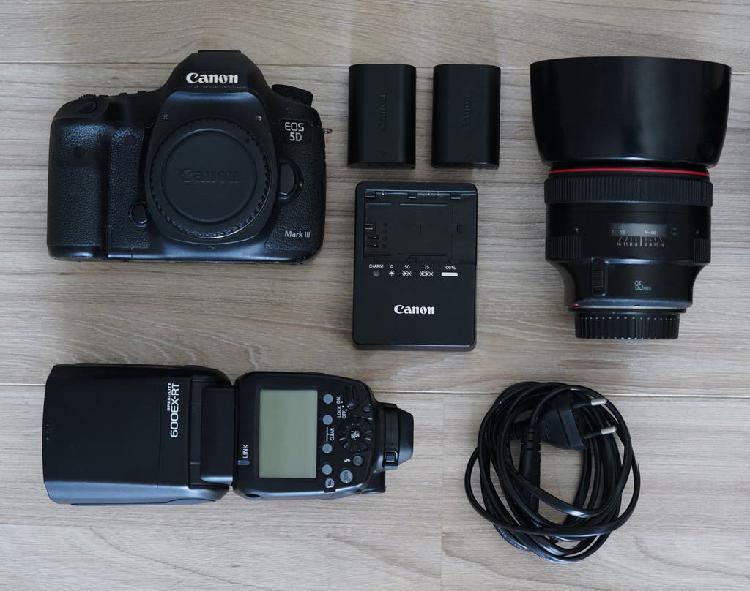 Canon eos 5d mark 3 con todo el equipo