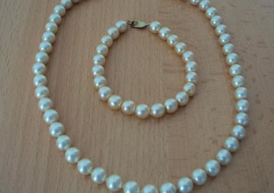 Conjunto bisuteria collar y pulsera perlas