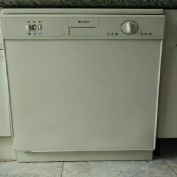 Regalo lavavajillas indesit