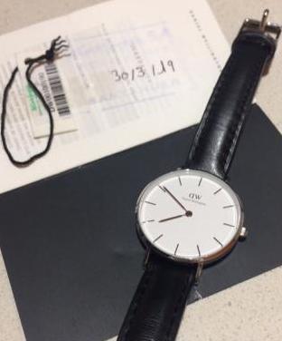 Reloj daniel wellington. sin usar!!
