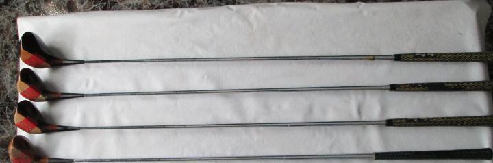 Set de 4 palos de golf toney penna, usados nº 1,3,4,y 5