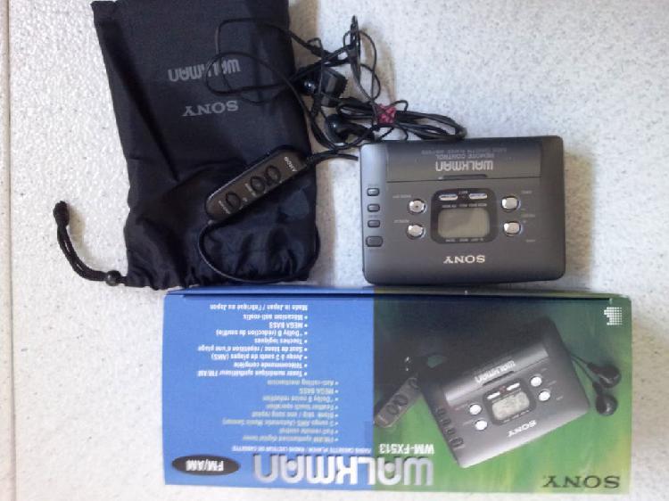 Sony cassette walkman, sintonizador radio.