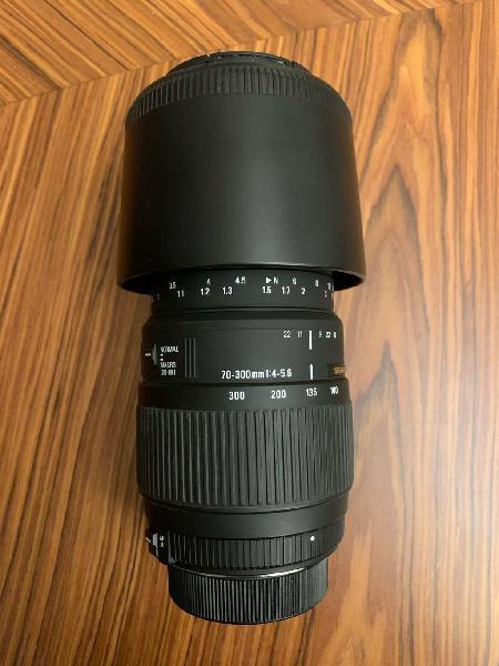Teleobjetivo Sigma 70/300mm 4-5.6