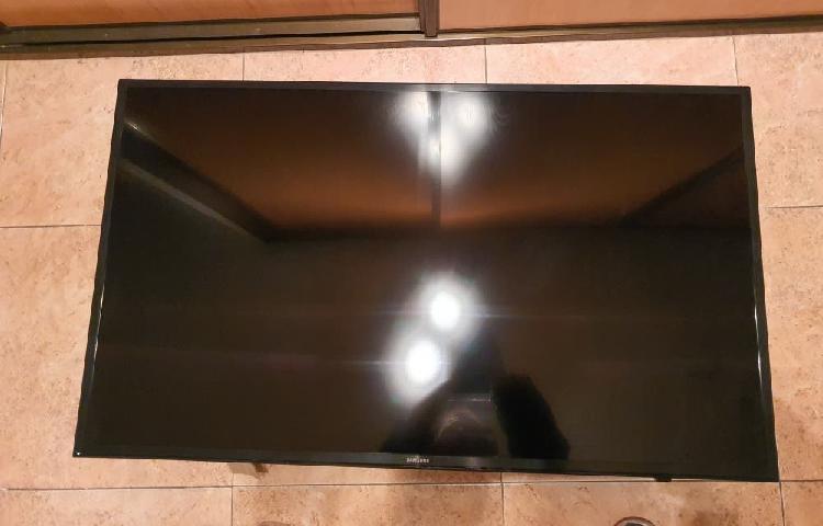 "Tv 43"" samsung uhd 4k hdr plus mod.ue43ku6000k"