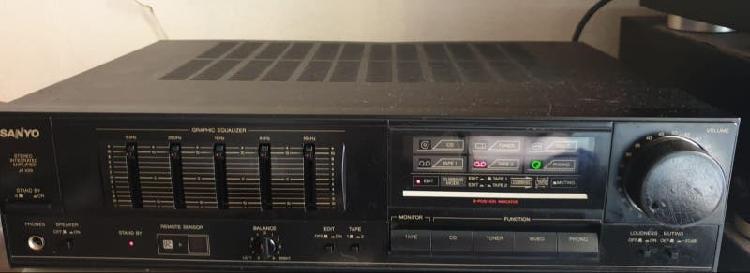 Amplificador sanyo