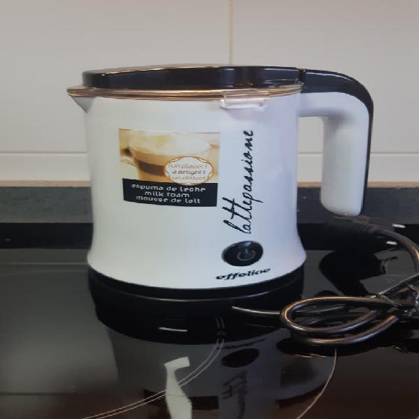 Espumador y calentador de leche