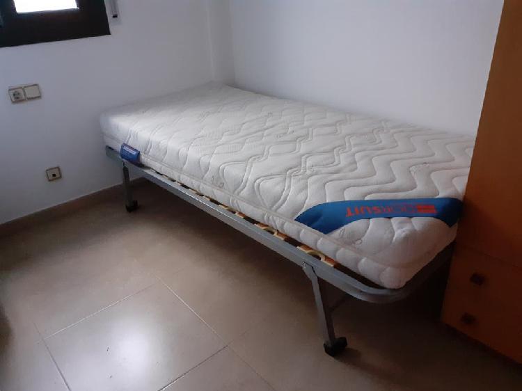 Cama individual, colchón incluido