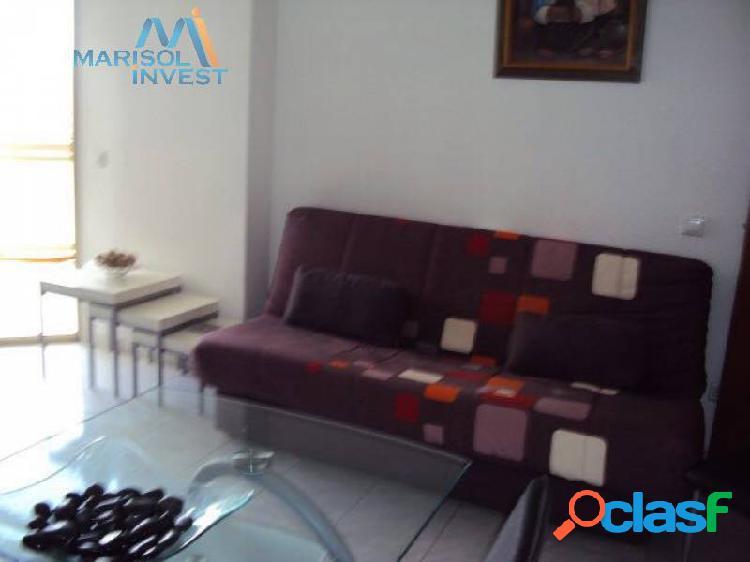 Apartamento cala de benidorm. 1dorm,1baño,cocina con galería, salón y terraza descubierta.parking.