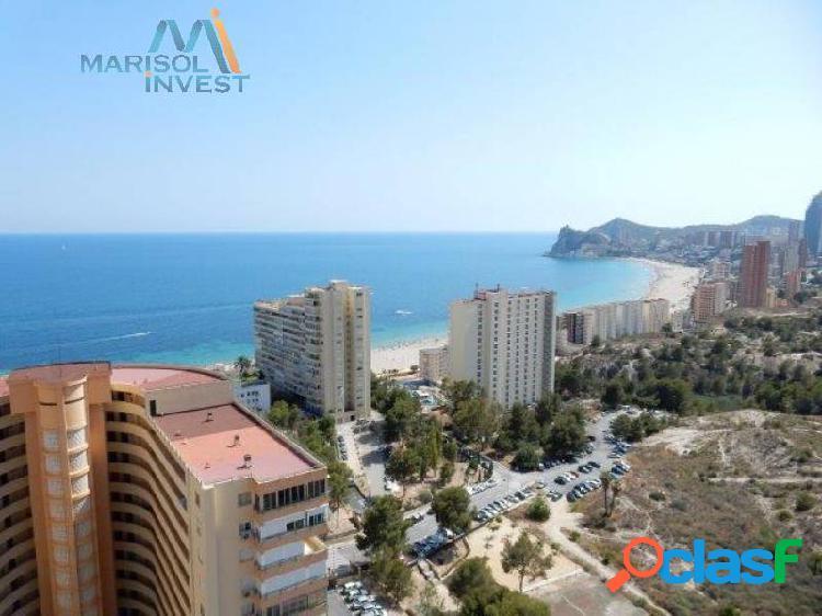 Apartamento en poniente.2dorms,1baño, cocina, salón y terraza. parking y piscina.vistas al mar