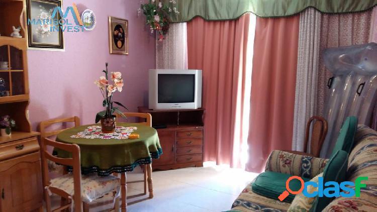Piso jaime i. 3dorms, 1baño, cocina, salón con balcón. muy cerca de playa de poniente.